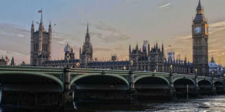 20 Profitable & Successful Small Business Ideas For UK in 2021