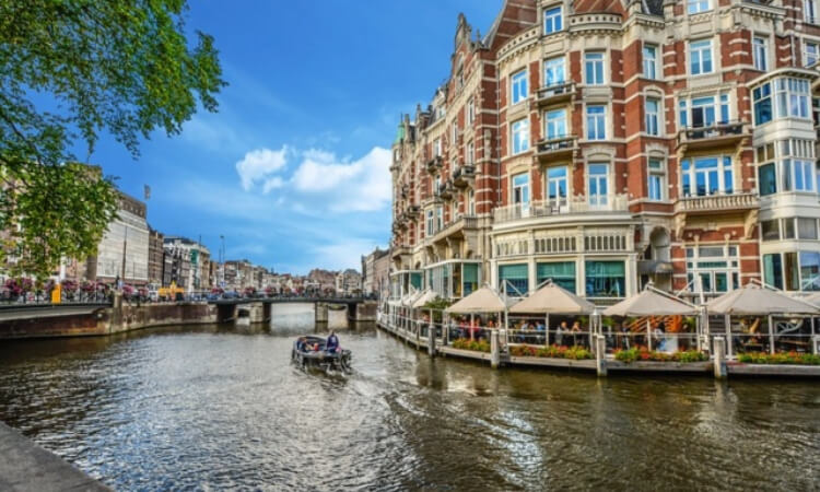 Step-by-Step Guide to Starting a Business in the Netherlands as a Foreigner