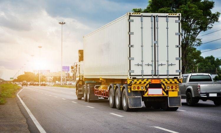 Starting Hot Shot Trucking Company – Profitable Business Plan